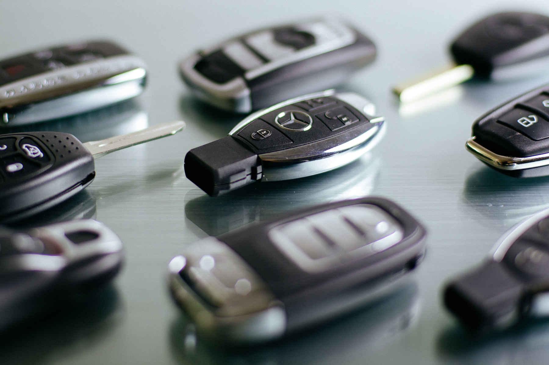 Verschiedene Autoschlüssel-Rohlinge